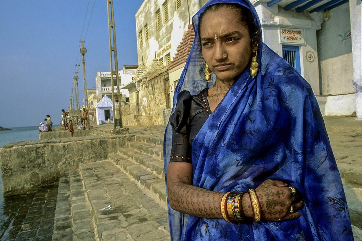 Rabari tattoo. Dwarka, Gujarat , India analogic film Fujichrome VELVIA 50