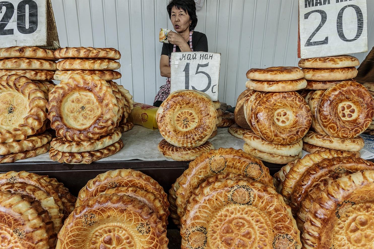 To the Bakery Biškek, Kirghizistan 2019 digital photography