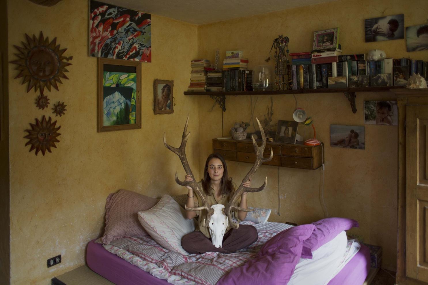 Carola, 22 anni, Courmayeur (AO) - - Quando vedi una persona per strada non è rappresentativo di quello che è.