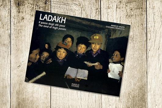 Book: Ladakh, Il Paese Degli Alti Passi